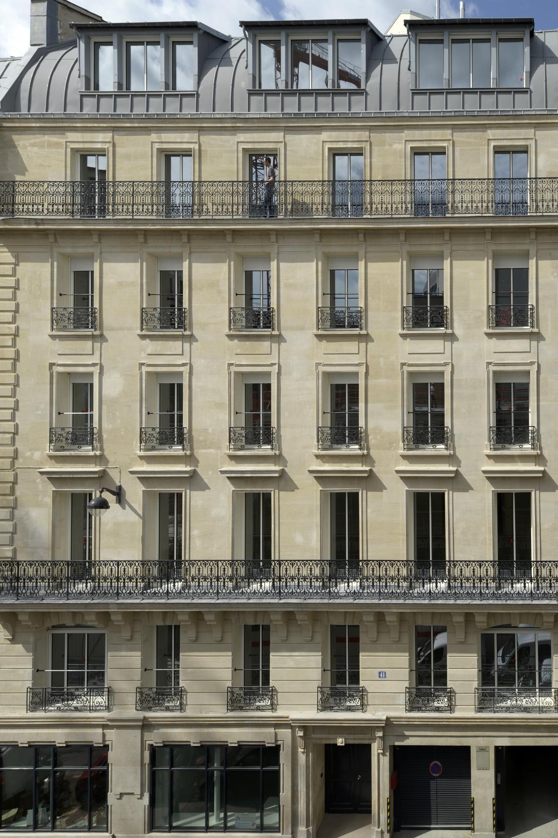 R habilitation lourde d 39 un immeuble de bureaux dmg architect for Immeuble bureaux hqe